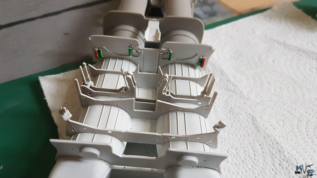 BB-REV-F-18E_022.jpg