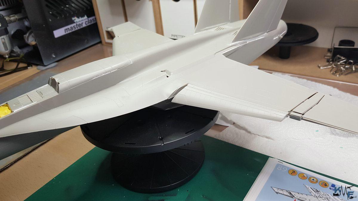 BB-REV-F-18E_159.jpg