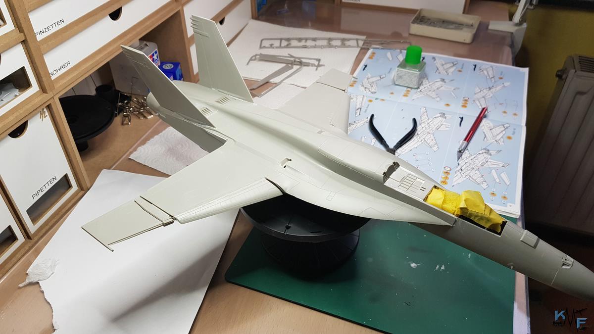 BB-REV-F-18E_160.jpg
