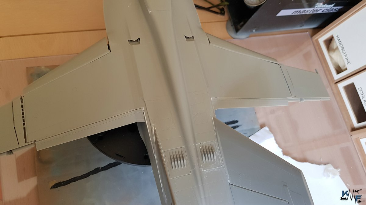 BB-REV-F-18E_165.jpg