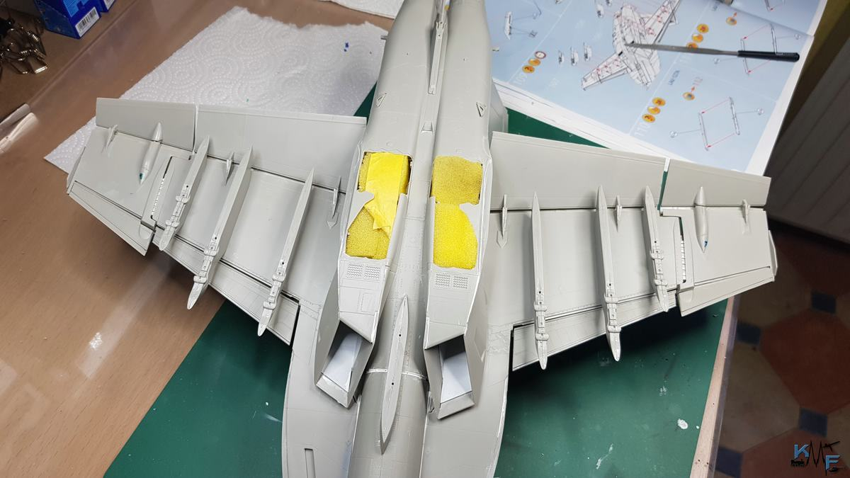 BB-REV-F-18E_183.jpg