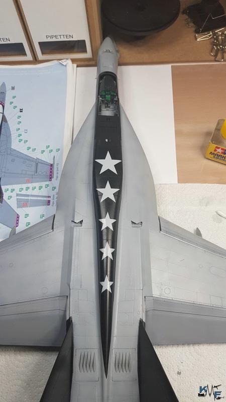 BB-REV-F-18E_218.jpg
