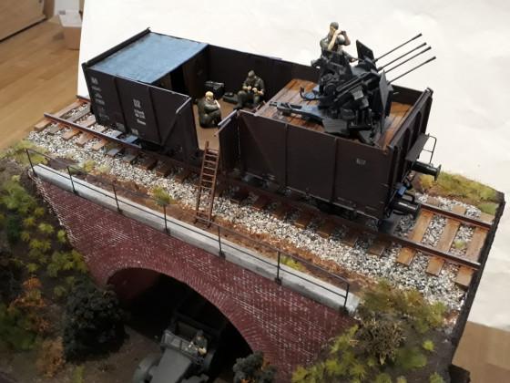 2 cm Flakvierling auf Güterwaggon